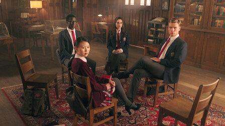觀賞第 73 章:密室。第 4 季第 16 集。