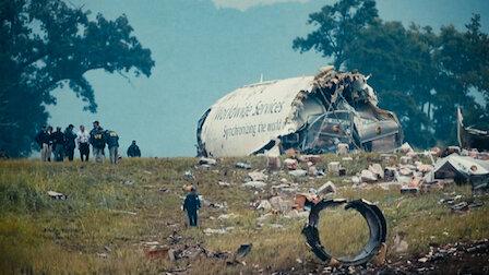 觀賞貨櫃炸彈密謀攻擊事件。第 1 季第 3 集。