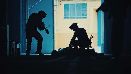 觀賞澳洲澳紐軍團日密謀攻擊事件。第 1 季第 9 集。